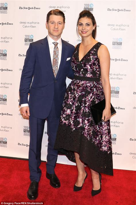 And Husband Agree On Visitation by Morena Baccarin Looks Gorgeous In Black Gown Daily Mail