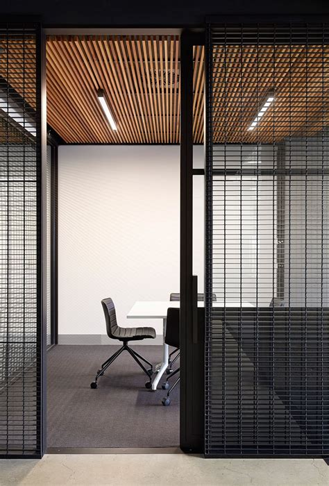 Office Immo by Deka Immobilien Brings Laneway Culture Indoors Work