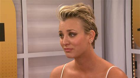 kali big bang 2015 hairstyle kaley cuoco sweeting on forgetting husband at people s