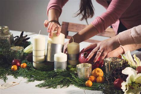 centrotavola natalizi fai da te con candele centrotavola natalizi fai da te candele