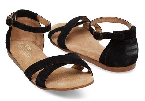 black one sandals lyst toms black suede s correa sandals in black