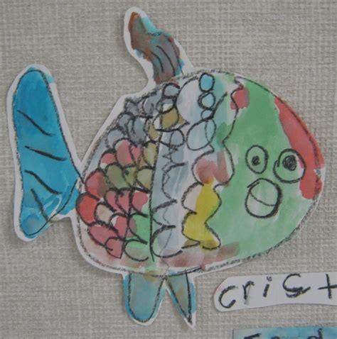 rainbow fish pattern for kindergarten 1000 images about rainbow fish on pinterest tissue