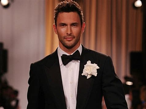 noah mills video noah mills hunk of the day pictures video tsm
