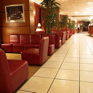 foyer einrichtung 7 einrichtungstipps f 252 r das einladende hotelfoyer das