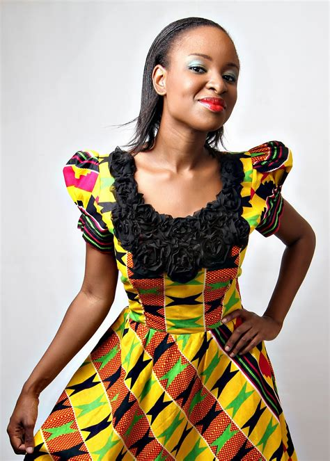 ghanaian ladies straight dress women in elegant kente cloth ghanaculturepolitics