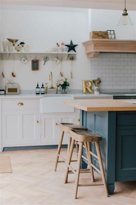 kitchen island trends 28 images kitchen island shapes kitchen kitchen island small ideas kitchens table for