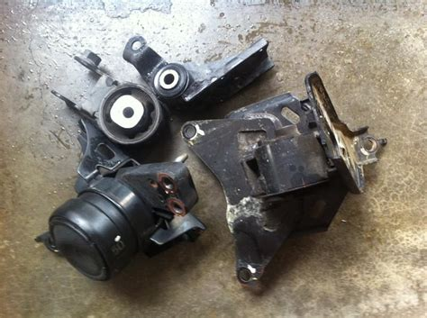 Engine Mounting Belakang Toyota Vios Ist used toyota vios ncp93 08 12 engine m end 5 5 2017 1 15 pm