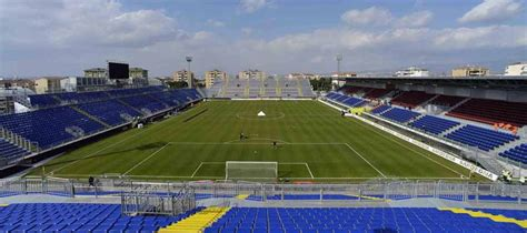 sede cagliari calcio stadio is arena guide cagliari calcio football tripper