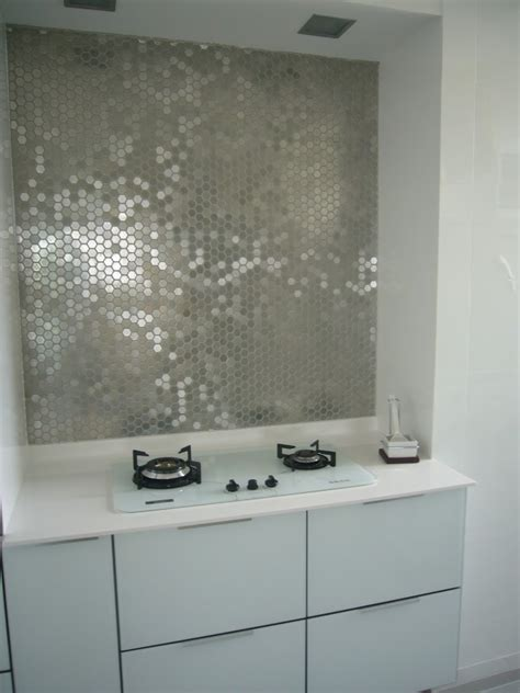 mirrored backsplash design ideas metallic mirrored tile backsplash interior design ideas