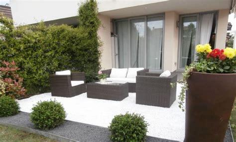 Idee Giardino Moderno by Arredare Un Giardino In Modo Moderno E Raffinato Leitv