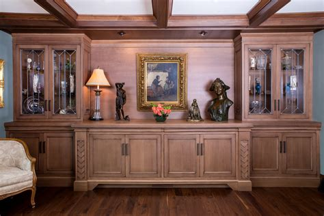 mullet cabinet traditional dining room built in