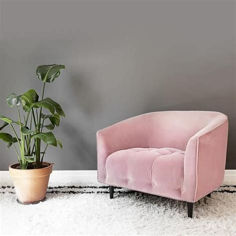 pale pink velvet sofa best 25 pink chairs ideas on pink velvet 2