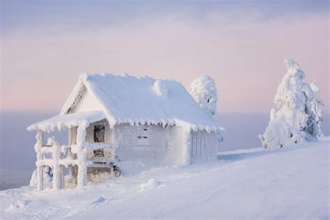 house snow snowed in good here s what you should do oxygen ie