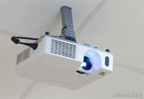 projector on ceiling how to make sound come from overhead projector not laptop