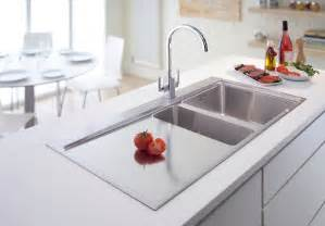 kitchen sinks ideas 25 best kitchen sink ideas baytownkitchen com