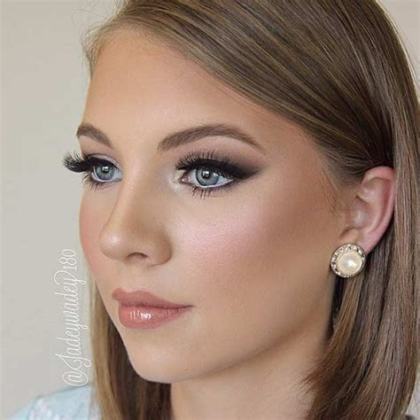 Best 25  Bridal makeup looks ideas only on Pinterest