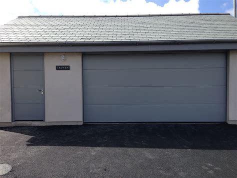 hörmann garagen hormann large ribbed silk grain garage door with matching