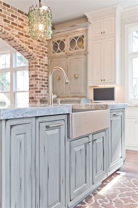 Blue Distressed Kitchen Cabinets by 1000 Ideas About Distressed Kitchen Cabinets On