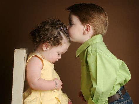 wallpaper cute kiss cute baby kiss wallpaper