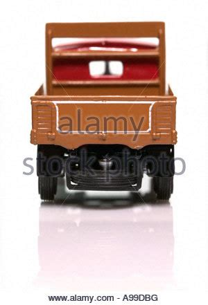 goods lorry stock  goods lorry stock images page  alamy