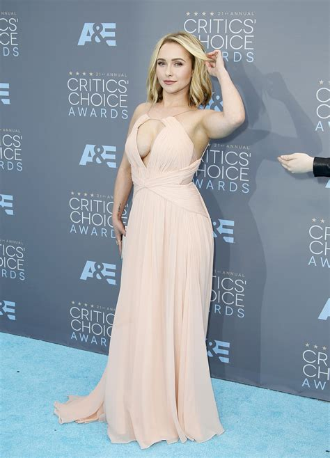 Choice Awards Hayden Panettiere by Hayden Panettiere Cleavage 22 Photos Thefappening