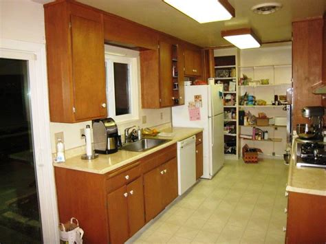 Kitchen Ideas For Small Kitchens Galley by Small Galley Kitchen Design Ideas Home Improvement 2017