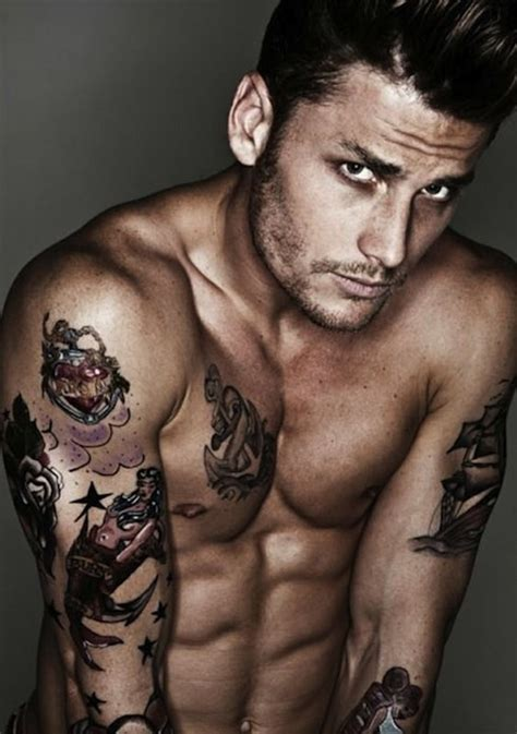 tattoo guy pictures hot tattoos for men round 2 tattoo inspiration tattooed men