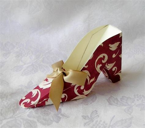How To Make Paper Shoes - 17 best images about paper shoes on baby shoes