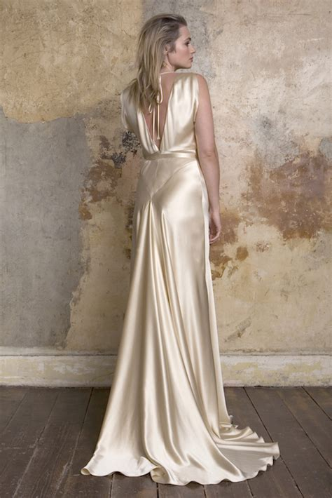 coloured wedding dresses from top uk bridal designers - Coloured Winter Wedding Dresses Uk