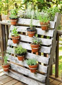 Small Garden Plants Ideas 12 Easy Container Garden Ideas For Every Outdoor Space Small Plants Flowering Plants And Palm