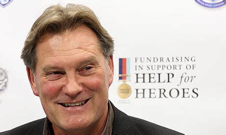 chelsea glenn glenn hoddle expects chelsea to appoint a foreign manager