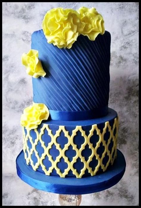 blue and yellow wedding cupcakes blue and yellow wedding cake cakes