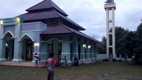 Speaker Zs F2000bm toa wall speaker zs f2000bm 60 watt application at masjid al muizzu depok