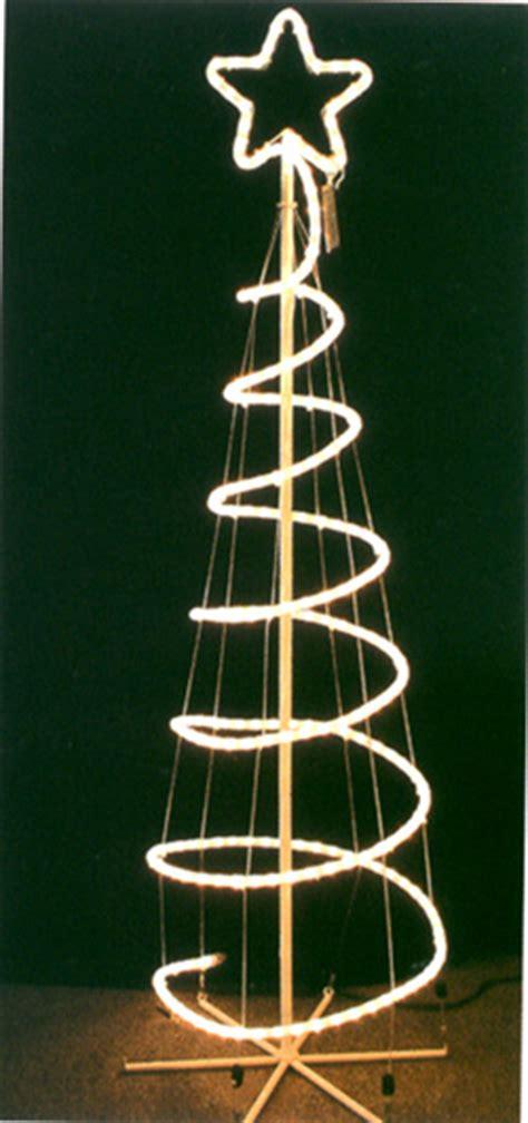 world s most unusual christmas trees gawe omah