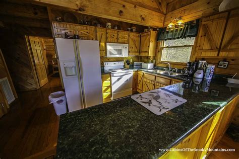 2 bedroom cabins in pigeon forge pigeon forge cabin god s acre 2 bedroom sleeps 12