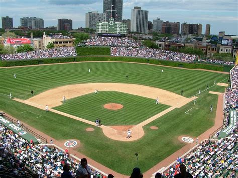 chicago cubs wrigley field images