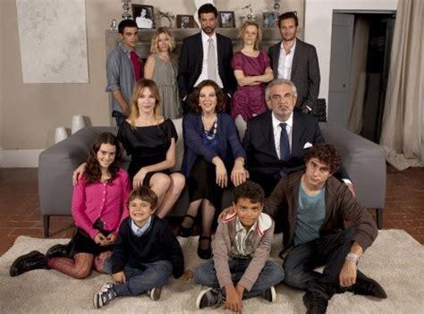 casa famiglia fiction quot una grande famiglia quot la fiction che racconta l italia