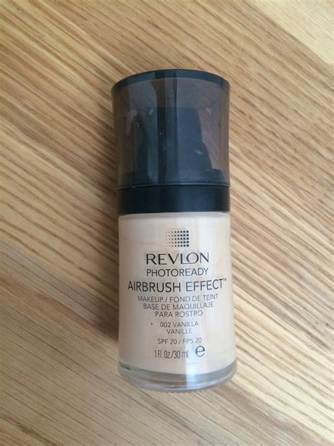 Revlon Photoready Foundation Review revlon photoready airbrush effect foundation niapattenlooks