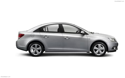 2010 holden cruze widescreen car wallpaper 03 of