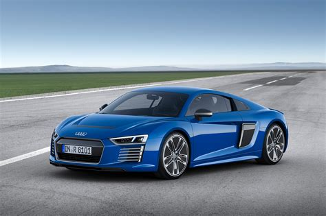R8 Audi 2015 by Geneva 2015 Audi R8 E Revealed