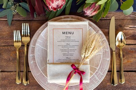 simple place setting 3 simple thanksgiving place setting ideas the everygirl