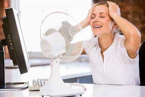 starkes schwitzen im schlaf mittel gegen starkes schwitzen im gesicht tipps und