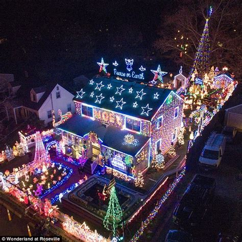 best christmas light displays ct neighbors try to ban connecticut light display daily mail