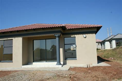 3 bedroom houses for rent ta 3 bedroom house for sale tzaneen mopani 1ta1225749