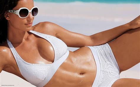 Hot Bikini Girl Photo Collection Angelina Jolie Hot