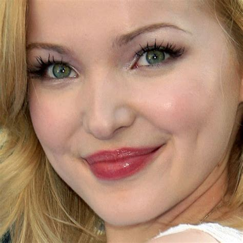 dove cameron eye color dove cameron makeup beige eyeshadow pink lip gloss