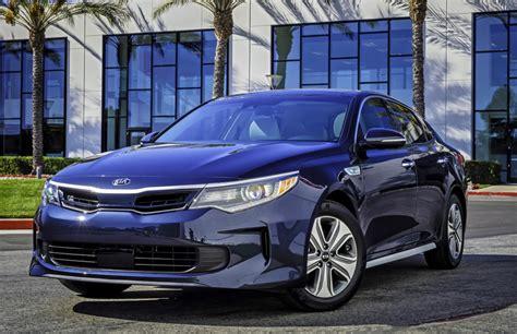 kia updates the optima hybrid for 2017 boosting fuel