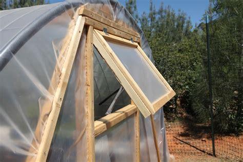Wooden Folding Bench Building A Cattle Panel Pallet Greenhouse Peak Prosperity