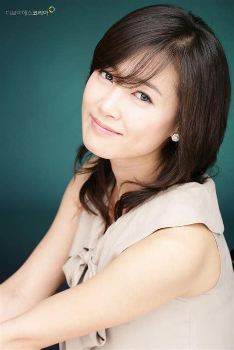 korean actress nam sang mi actress nam sang mi announces wedding plans the korea times