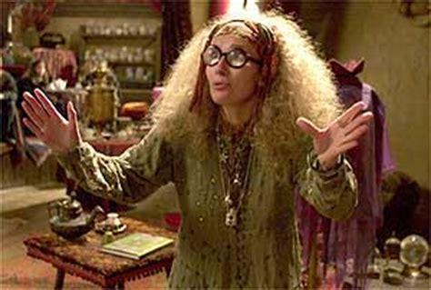 Harry Potter Professor Trelawney Promo Professor Sybil Trelawney Thompson Guardian Co Uk